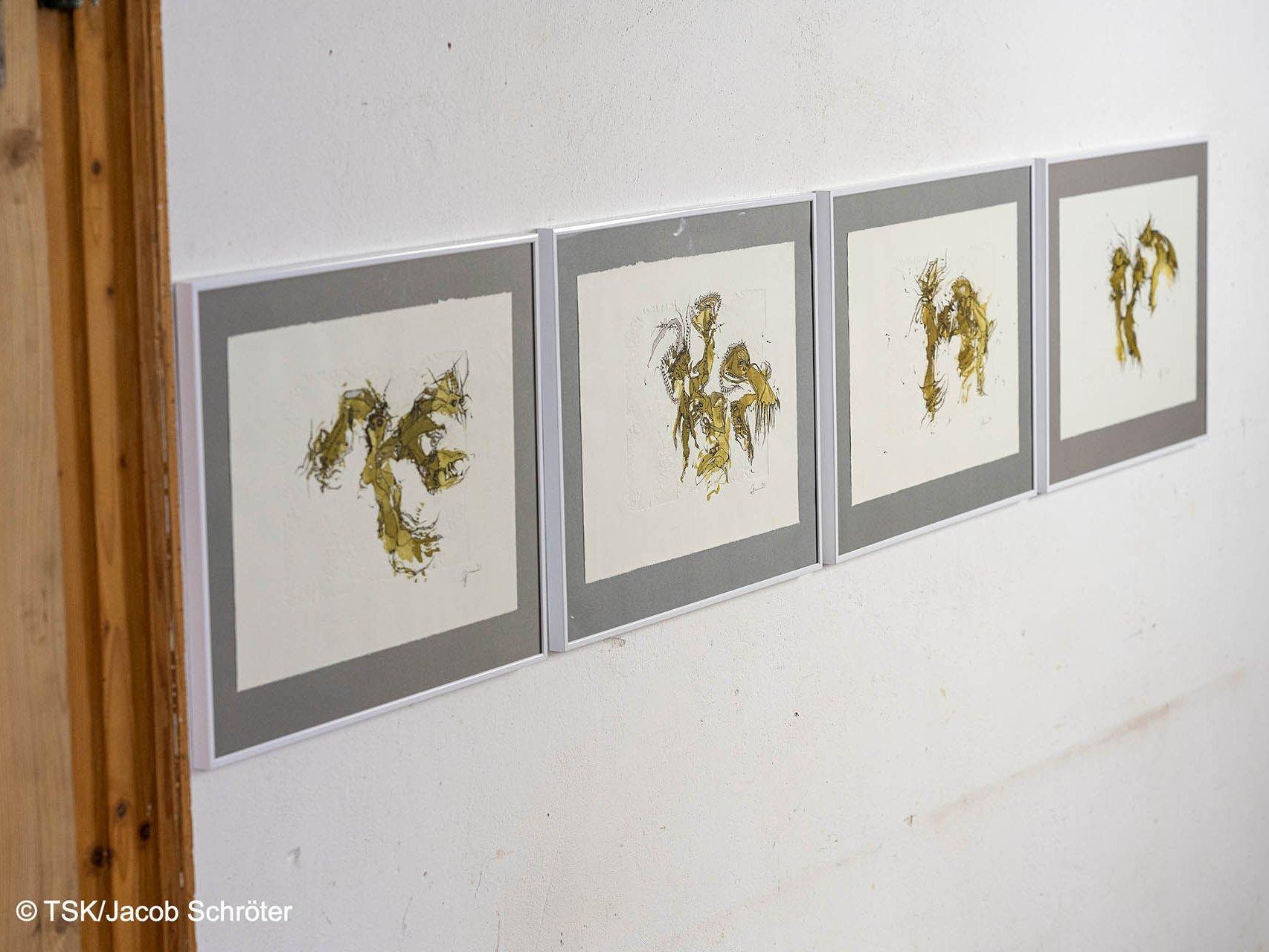"""vier Werke der Bilder-Serie """"Orakel - Spektakel"""" von Heike Stephan"""