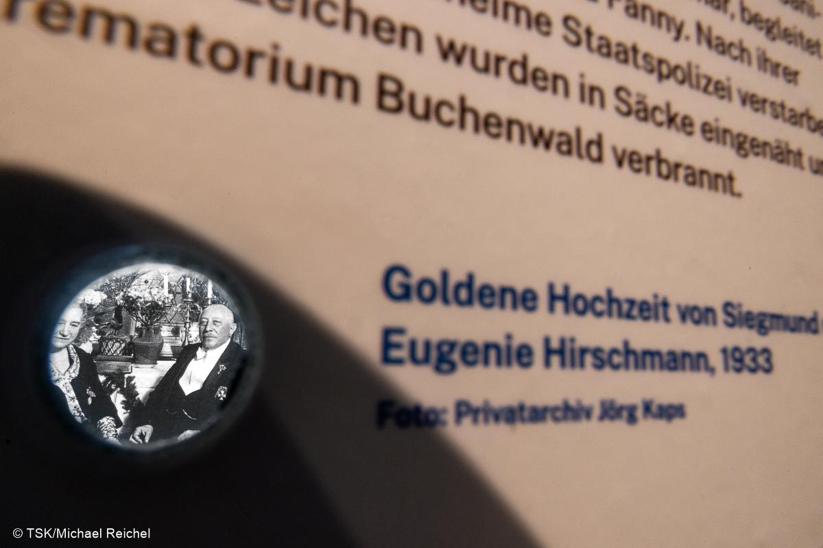 """Detail aus Ausstellung, """"Jüdische Familien aus Arnstadt und Plaue"""""""
